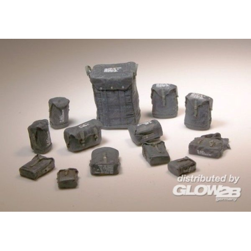 Plus model 425 : U.S. waterproof bags  1:35