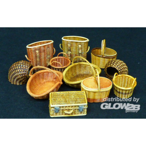 Plus model 507 : Wicker baskets-small  1:35